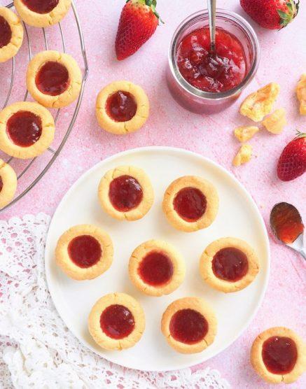 biscuits sablés à la confiture