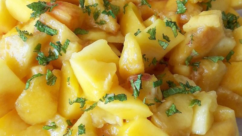 Salade de fruits jaunes à la menthe