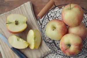 apple-1245549_640
