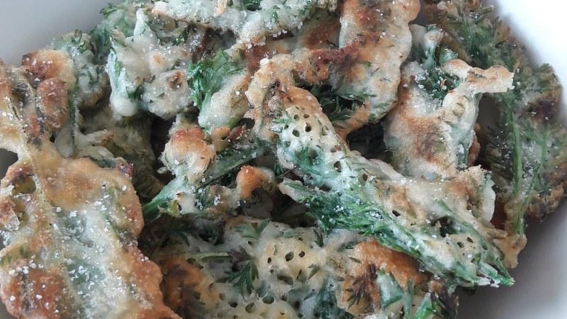 Fanes de carottes en tempura