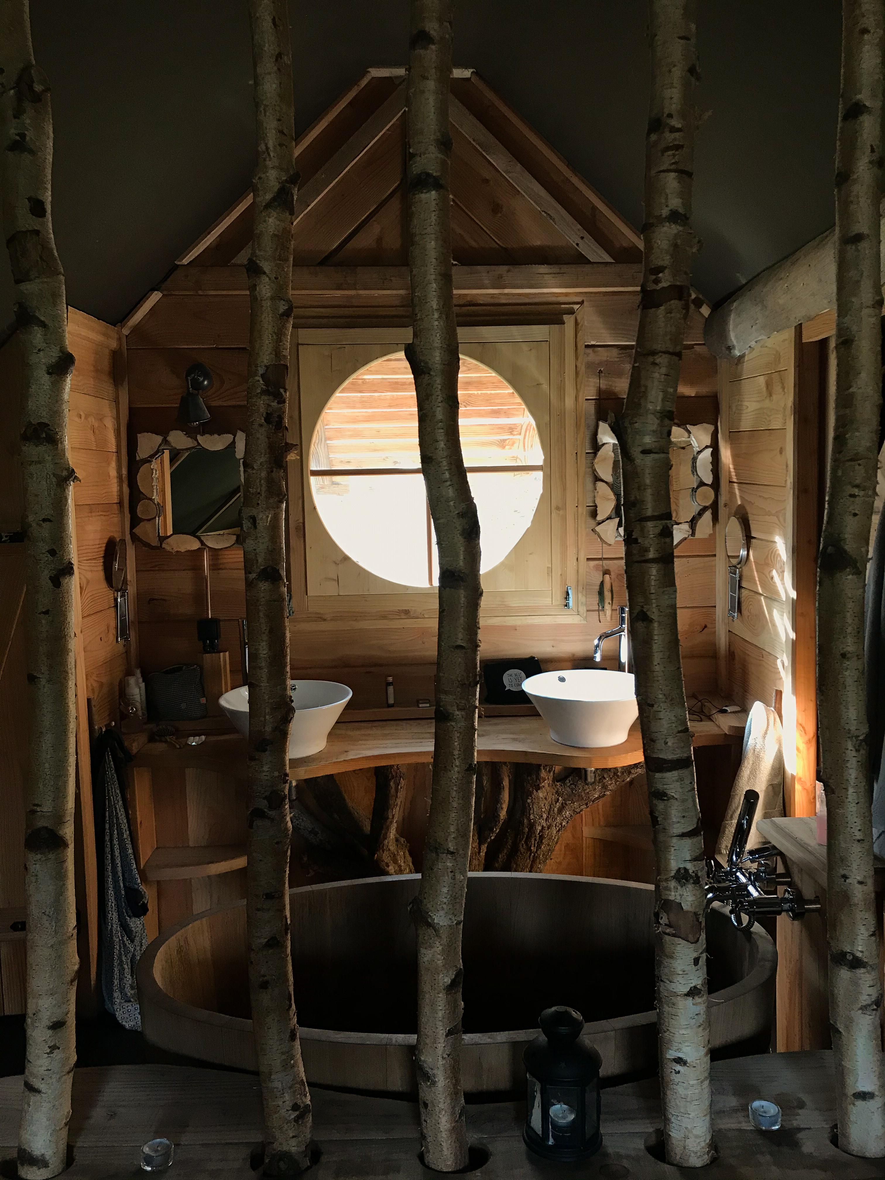 Cabane de Rensiwez - salle de bain