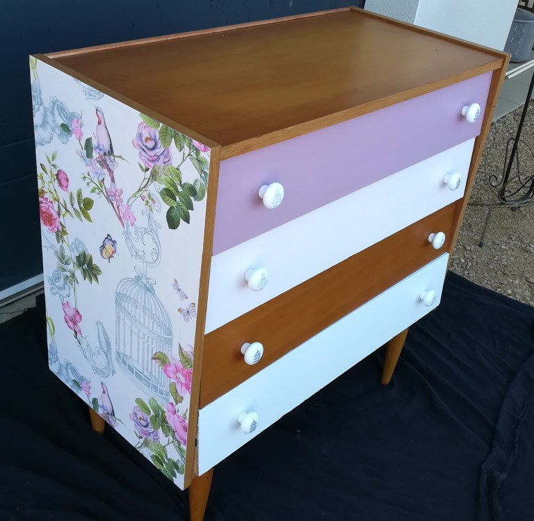 COMMODE 50'S