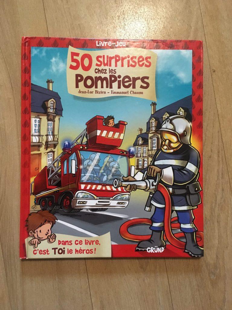 50 surprises chez les pompiers livre jeu