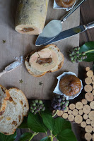 http://www.recettesgourmandesbykelou.com/2015/12/foie-gras-aux-figues.html