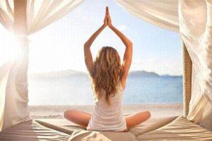 tenue_blanche_yoga