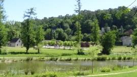 végétation autour de l'étang de Queyssac