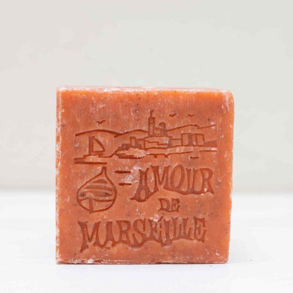 Cube de savon de marseille au parfum abricot broyé