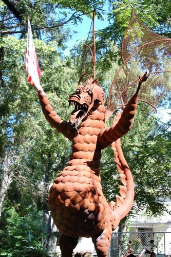 Giant 48 foot tall metal dragon at Jurustic Park