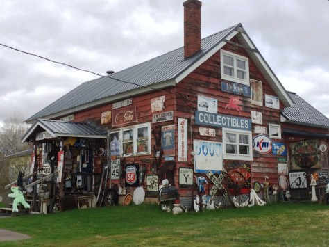 An alternate view of Boudreau's Antiques and Collectibles