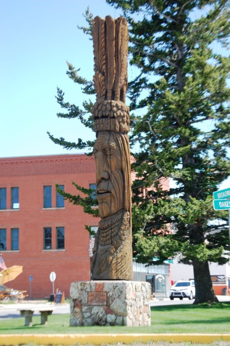 """Peter Toth's """"Whispering Giant"""" of Red Lodge, Montana"""