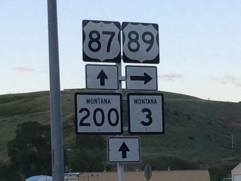 US 87 and US 89 split south of Belt, Montana