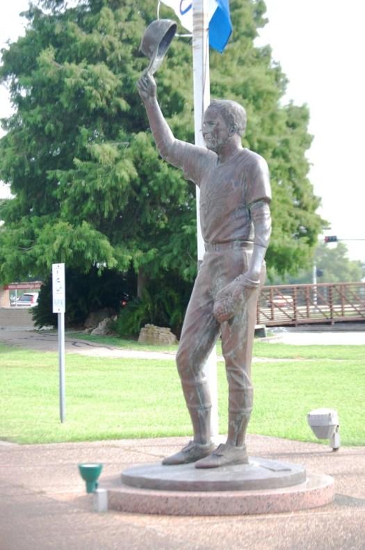 Nolan Ryan Statue, Alvin, TX