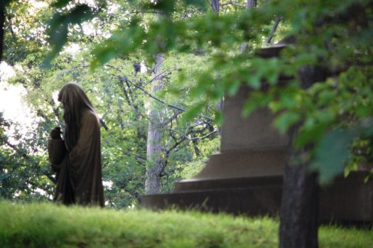 A scene from Lake View Cemetery