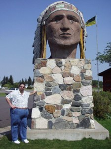 Sumoflam at Indian Head Statue in Indian Head, SK in Canada in Sept. 2007