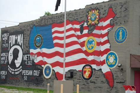 A large VFW mural in Ravenna