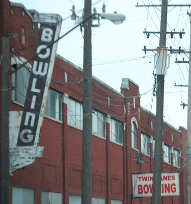 Old Bowling Neon Sign