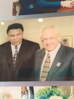 A photo of Dave Thomas with famed boxer Muhammad Ali