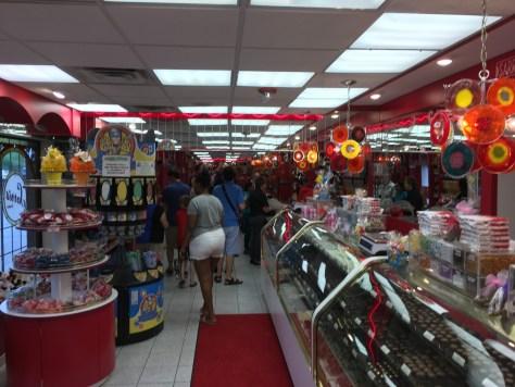 Massive Line for Ice Cream at Sarris in Canonsburg