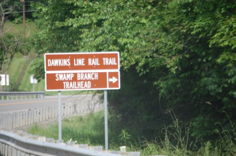 The road to Swamp Branch trailhead goes off of KY 825