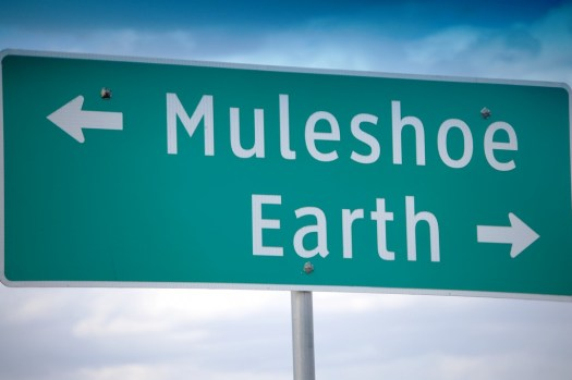 Muleshoe and Earth, TX