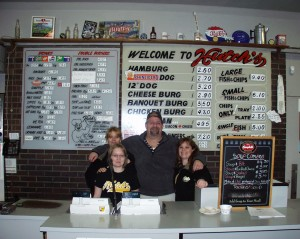 Hanging behind the counter with the Hutch's team - April 2008