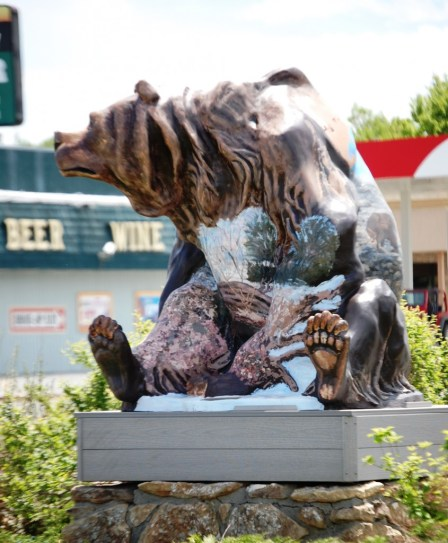 Painted Grizzly on a corner in Cody