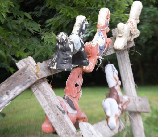 Rocking Horse Gate - this is really folk art at its best!