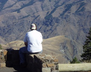 Solomon at the overlook of Hell's Canyon in Oregon - Sept. 2007