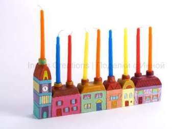 houses-hanukiah-with-candle