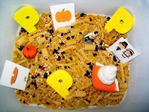 http://everystarisdifferent.blogspot.com/2013/11/thanksgiving-tot-school-week-1.html