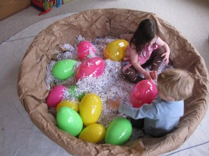 make a kid-sized nest for bird themed story time