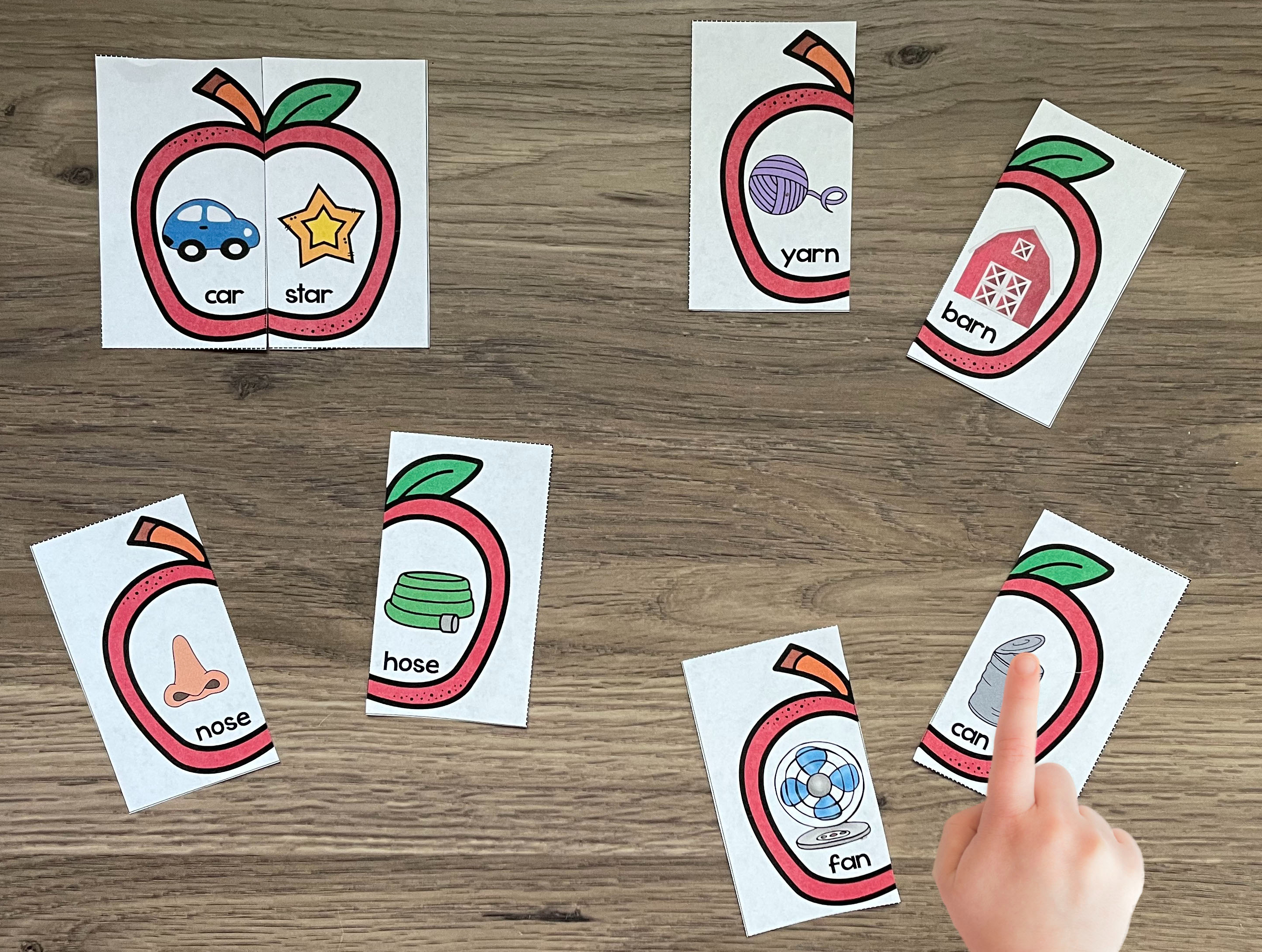 apple puzzles rhyming words differentiation