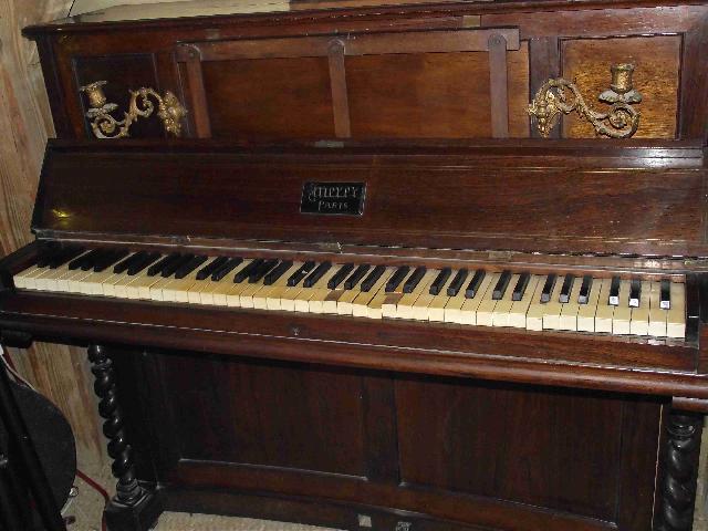 les vieux pianos, pas bons pour commencer l'apprentissage.