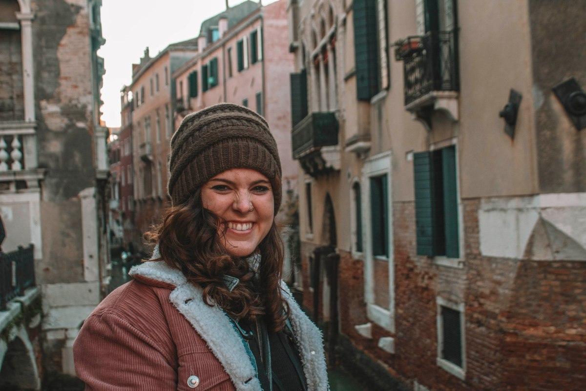 girl smiling in venice