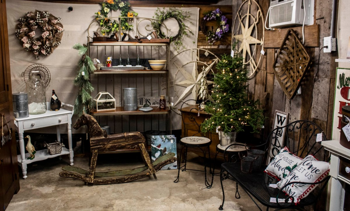 Christmas in Walnut Cove- Just Plain Country Store