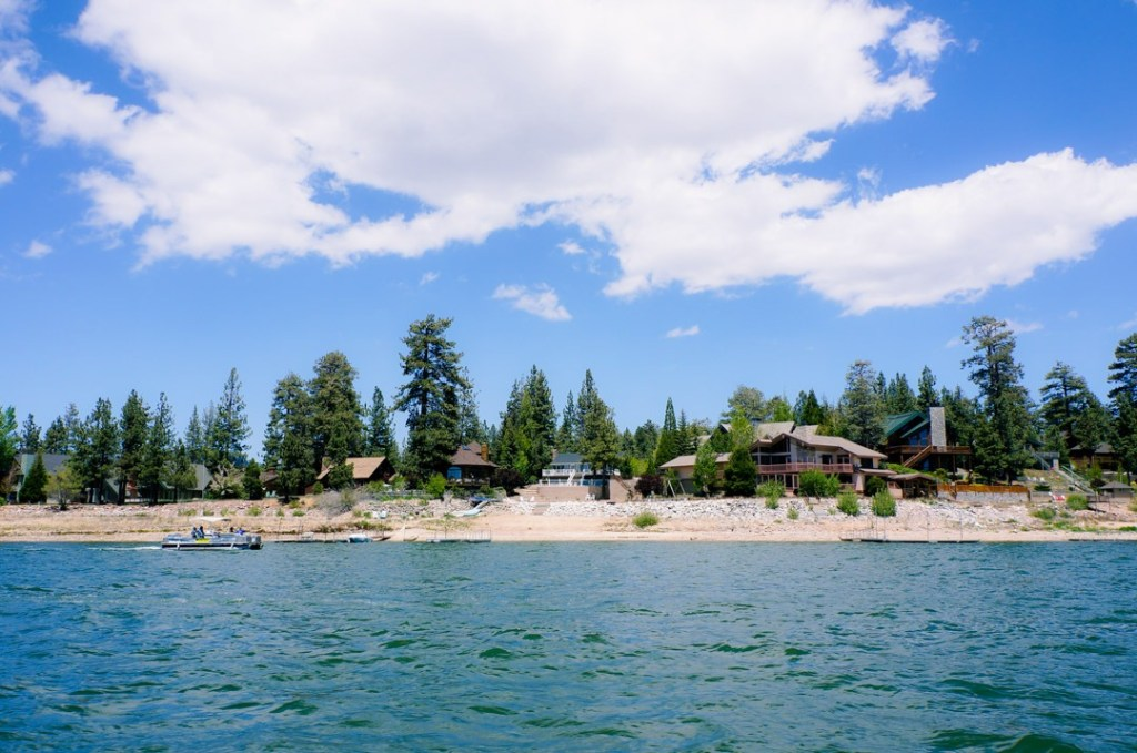 cabins on Big Bear Lake