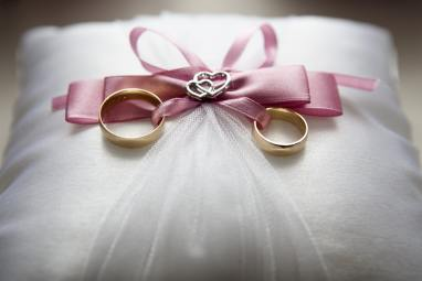 alliances bagues nettoyage robe mariage