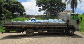 Caminhão com água