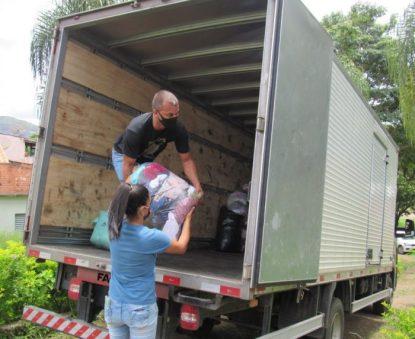 b - Abastecimento do caminhão 1