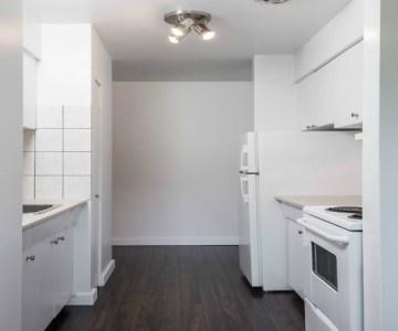 monmouth kitchen2-1526348018