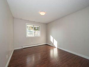 elmwood apartments master bedroom