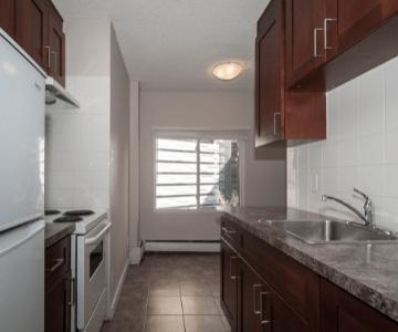 Bellamy Place kitchen