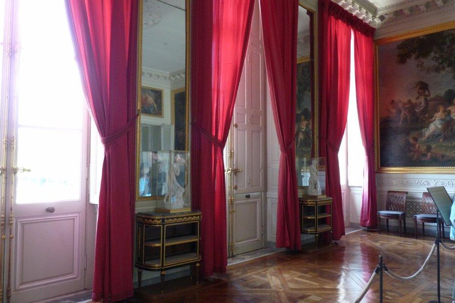 le petit trianon la grande salle a