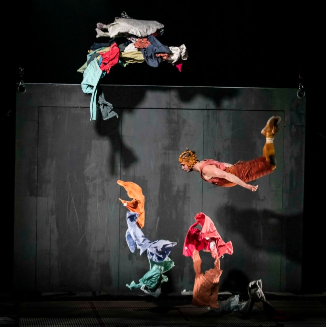 « Limits » de Cirkus Cirkör © Mats Bäcker
