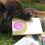 Vanille trouve la lecture très interessante, elle dévore livre après livre !!