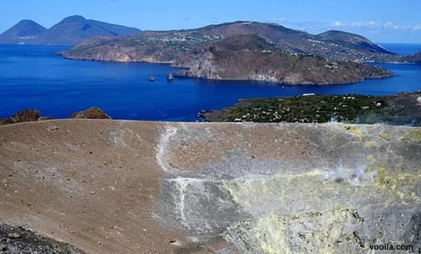 Isole Eolie, Volcano