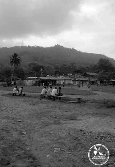 Place centrale à Capurgana en Colombie