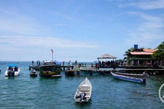 Arrivée à l'embarcadère du port de Capurgana en Colombie