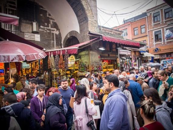 marche egytpien epices istanbul voyage turquie