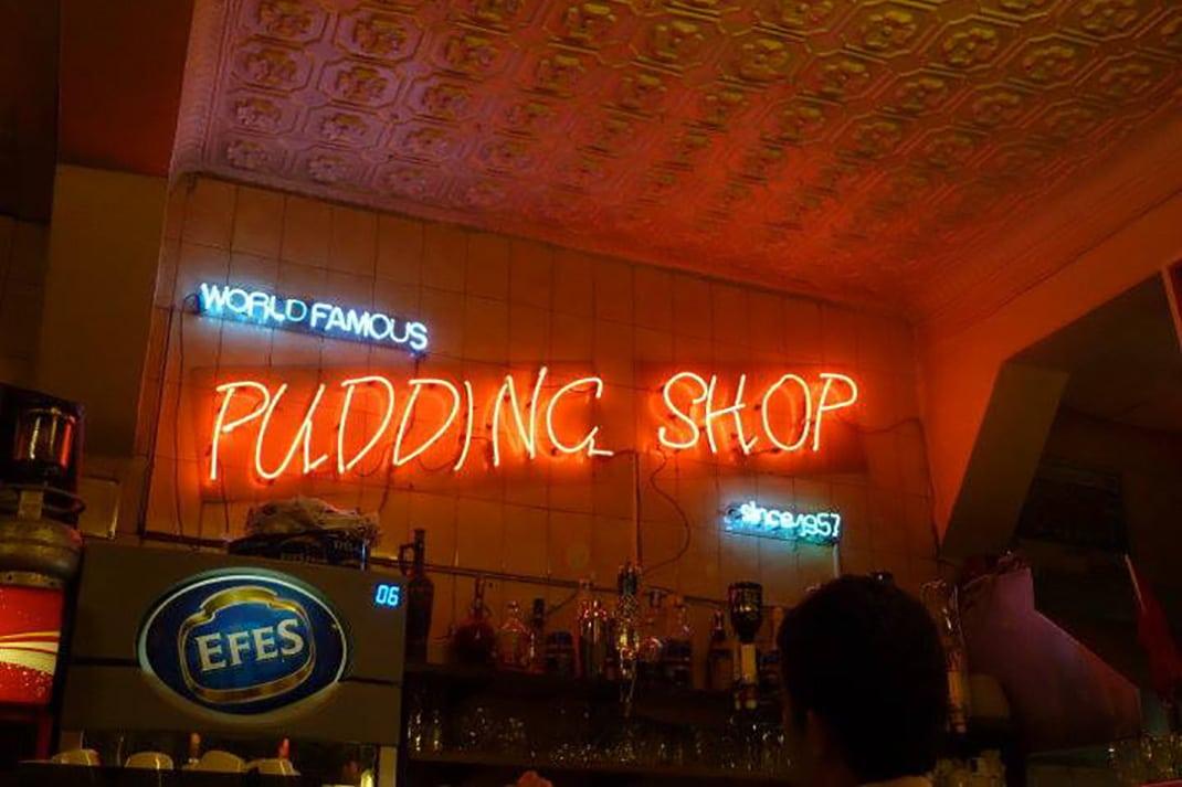 intérieur du pudding shop conseils où sortir à istanbul
